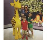 Applicant Needed here in UK Au pair  Nanny,Driver,Nurse,Guards