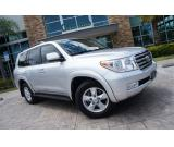 Neat Toyota Land cruiser 2013