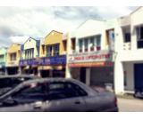 Melaka-Cheng shop lot for RENT ! !!(half shop )